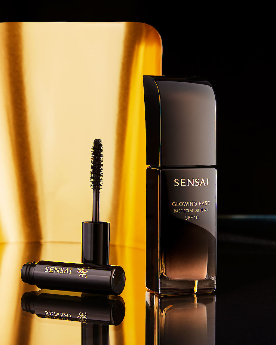 DOUGLAS MANDRY shoots for SENSAI cosmetics