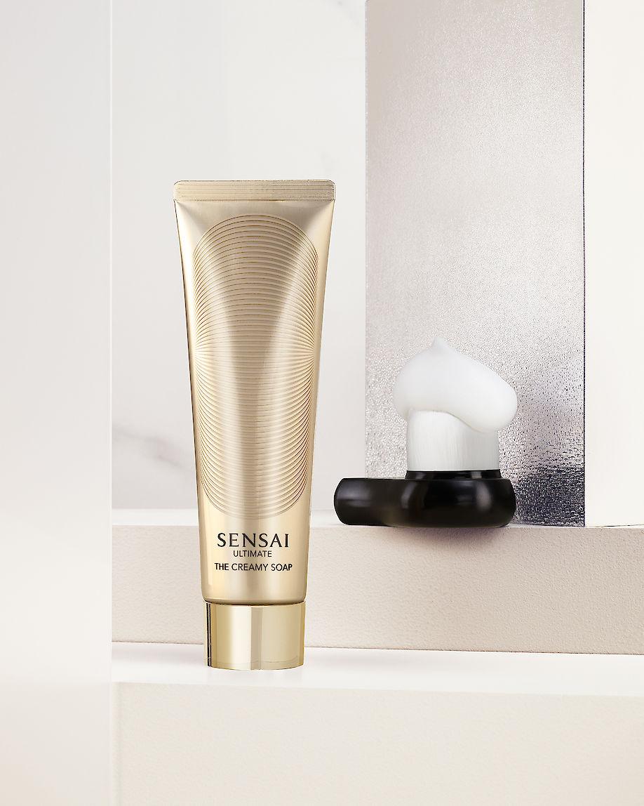 ARMIN ZOGBAUM shoots for SENSAI Cosmetics