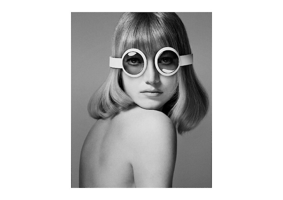 CYRILL MATTER shoots a PIERRE CARDIN hommage with elements all done in CGI for STUDIO MAGAZINE